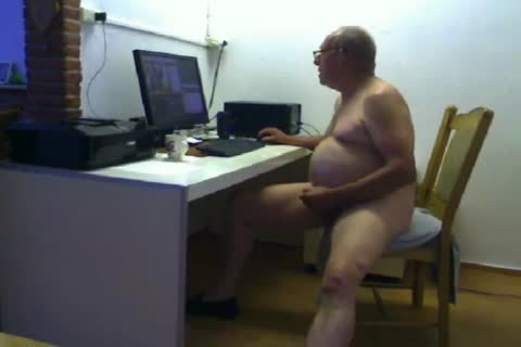grandpa cum On web camera